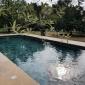 Pierre combe brune jaune et piscine en slate multicolor